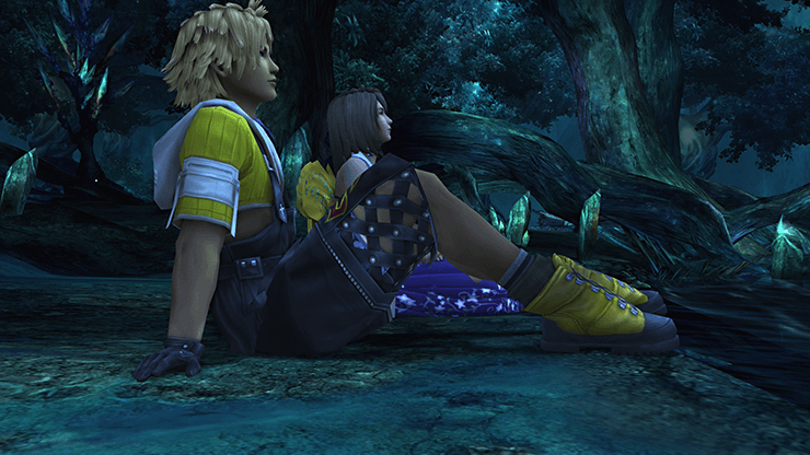 Tidus and Yuna embracing
