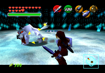 Link attacking a Wolfos in the last room of the Ice Cavern