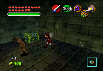 Link approaching the Boss Key treasure chest